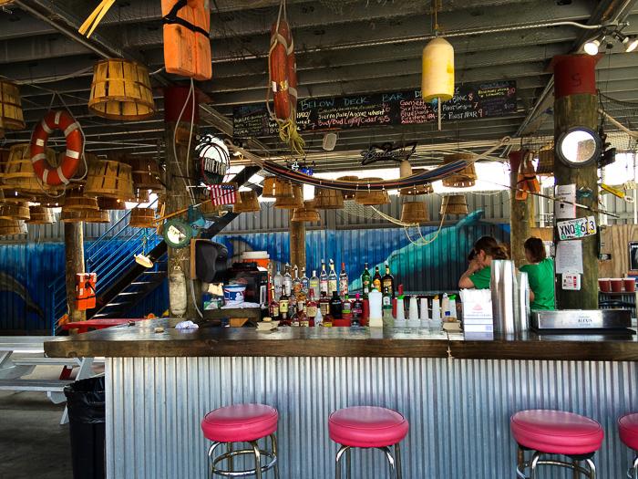 Below Deck Bar, Brooklyn Crab