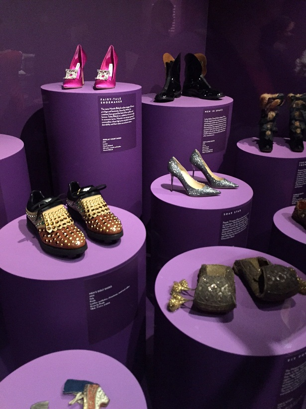 spp_selection_of_influential_shoes_on_display